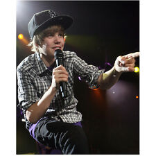 Justin Bieber Close Up Singing on Stage 8 x 10 Inch Photo