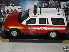 Motormax 1/24 FDNY New York City Fire Department  Ford Expedition SUV