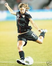 TOBIN HEATH USA WOMEN'S SOCCER 8X10 SPORTS PHOTO (CC)