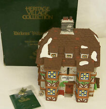 Dept 56. SIR JOHN FALSTAFF INN 4th Edition Dickens Village Building #57533 MIB