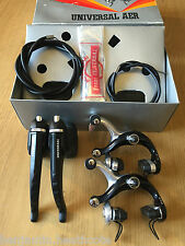 NOS UNIVERSAL AER BRAKESET Nuovo in Scatola 1980s