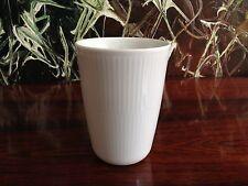 ROYAL COPENHAGEN Weiß Gerippt - Thermo- Kaffeebecher / Latte Macchiato  39cl
