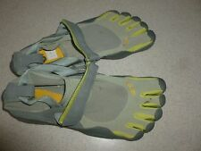 Vibram Five Fingers Grey Lime Green Mens Shoes Barefoot Classic sz 41 USA sz 9D