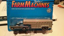Ertl Replica Farm Machines Ford F-250 Pickup  Livestock Trailer (9996)