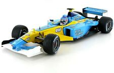 UNIVERSAL HOBBIES 2194 RENAULT R202 F1 diecast race car J Trulli 2002 1:18th