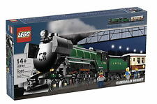 *BRAND NEW* Lego EMERALD NIGHT TRAIN 10194 *LIGHTLY DENTED*