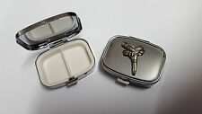 Gun And Gunbelt PP-W08 English Pewter Emblem on a Rectangular Metal Pill Box