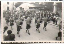 SULLY SUR LOIRE PETITE PHOTO PARADE DEFILé ECOSSAIS DE DUNDEE ANNEES 1950/60