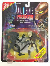 Aliens vs Predator WARRIOR ALIEN & RENEGADE PREDATOR Action figures New Sealed
