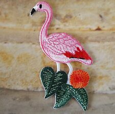 Ecusson Patch brodé thermocollant flamant rose