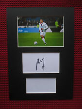 OLYMPIQUE LYONNAIS LYON MEMPHIS DEPAY SIGNED A4 MOUNTED CARD & PHOTO DISPLAY-COA