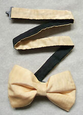 NEW LUXURY SILK BOW TIE MENS BOWTIE SHIMMERY GOLDEN CREAM BNWOT + TOP QUALITY +