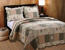 Bedding Set 3-piece King Size Wildflower Patchwork Reversible Quilt Bedspread