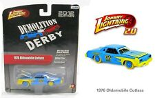 JOHNNY LIGHTNING 2.0 R12 = 1976 Oldsmoblie Cutlass DEMOLITION DERBY Demo Car NIP