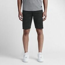 NEW NIKE TECH KNIT MEN'S SHORTS SIZE MEDIUM (728675-010) RETAIL $150.00