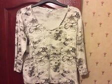 Ladies Black & White Floral Top with sequins in XXL 44ins bust - NEW