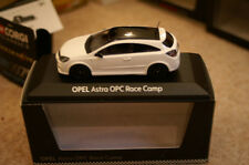 Minichamps Opel Astra Opc Race camp