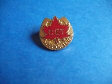 CANADIAN EQUESTRAIN TEAM SUPPORTER HAT BUTTON LAPEL PIN CANADA MAPLE LEAF CET