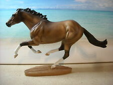 Breyer Modellpferd Traditional Smarty Jones Mold CM Grulla / Dun v. Kim Sheperd