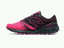 New Balance 690 V1 Women's Trail Running Shoes size 7 NIB