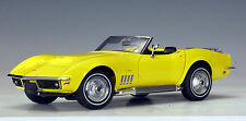 1969 CHEVROLET CORVETTE CONVERTIBLE YELLOW 1:18 by AUTOart NEW IN BOX