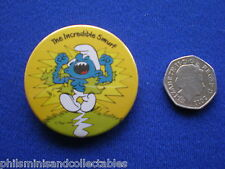 The Incredible Smurf   pin badge   1970s