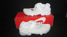 New Nike Air Rift women Multi terrain sneaker sandal size 5 color white