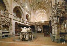 Bourg en Bresse - Eglise de Brou - Le Choeur, la Nef, les Tombeaux
