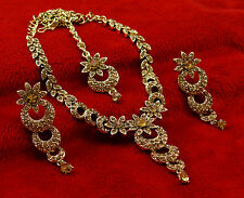 Traditional Goldtone Necklace Earrings Tikka Set Wedding Bridal Indian Jewelry