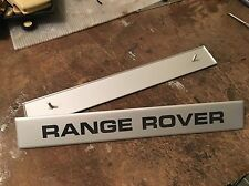 Range Rover Classic Suffix B on scuttle badge