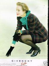 Publicité advertising 1990 Haute Couture femme Givenchy life
