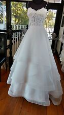 Paloma Blanca ~ 4555 ~ Ivory Lace & Organza Illusion Wedding Gown ~ size 10