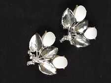 """Vintage costume silver tone clip on earrings white flowers leaves foliage 1.25"""""""