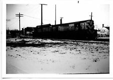 Q364 RP 1970 CHICAGO & NORTH WESTERN RR #1906 & #1681 MARINETTE WI