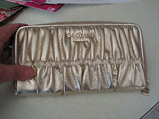 Omnia Wallet Women's Clutch Gathered Zipped Organizer Gold Metallic