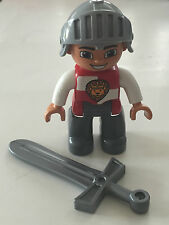 *NEW* Lego DUPLO Male CASTLE KNIGHT White Chest LION on SHIELD, HELMET, SWORD