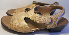 SAS Suntimer Gold Beige Croc Patent Tripad Sandals Shoes Velcro 8 N Excellent!