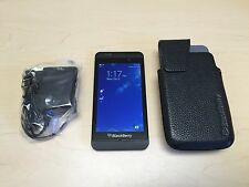 BlackBerry Z10 - 16GB - Black (Verizon) Smartphone - GREAT CONDITION