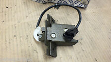 New Genuine Nissan Primera P11e 1998 Back Door Lock Assembly  90502-2F700  N18