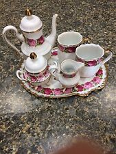 "LOVELY ""ROSE DESIGN""  TEA SET~TEAPOT, CREAMER, SUGAR BOWL, CUPS, SERVING TRAY"
