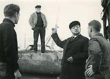 LINO VENTURA PIERRE BRASSEUR LE BATEAU D'EMILE 1962 VINTAGE PHOTO ORIGINAL