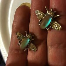 VINTAGE FLY BUGS EARRINGS OVAL SHAPED PRONG SET MAGIC GLASS GOLD STONE SAPHIRET
