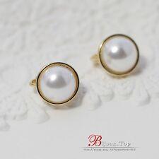 Boucles d`Oreilles Clips Doré Demi Perle Blanc Class Retro Vintage J1