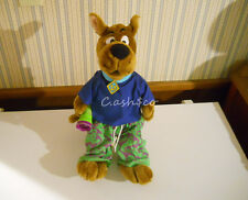 """Scooby Doo Scared Silly Talking plush large 18"""" talks shivers Flashlight works!"""