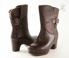 $240 UGG Australia Womens Amoret Boots Winter Snow shoes LEATHER PLATFORM 5