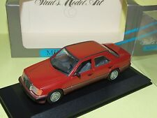 MERCEDES 200 D W124 Rouge MINICHAMPS 1:43
