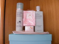 LIZ EARLE     5 Piece Facial  Collection Boxed  NEW