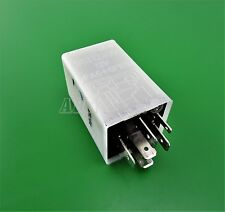 584-Chevrolet Daewoo (1995-2013) 6 Blade (Pin) White Relay DECO 96312300 12V