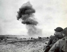 8x6 Gloss Photo ww953 Normandy D-Day Beach Explosion Canon 88