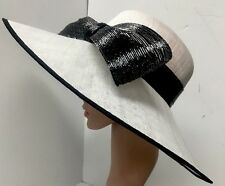 Siggy Hat White With Black Bow Stiff